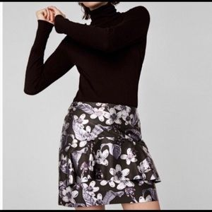 Zara Black/Siver Ruffle Faux Leather Mini Skirt